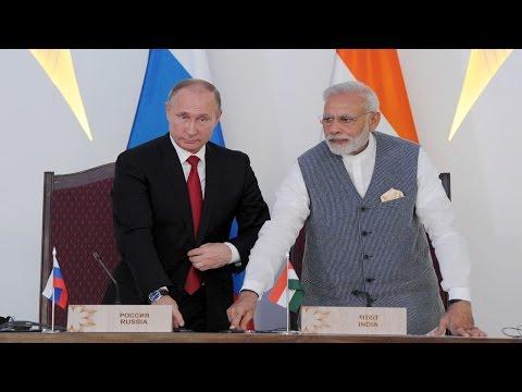 PM Modi & President Putin at Joint Press Statement - BRICS 2016