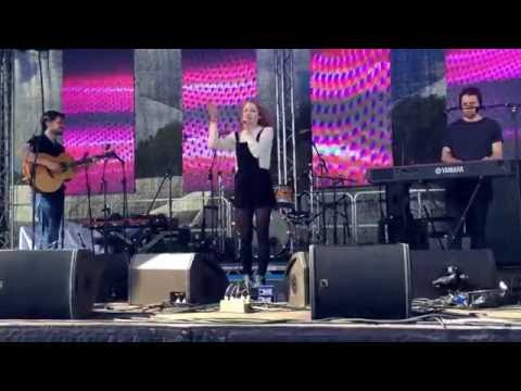 Janet Devlin - Your Song live at The Lowde Festival (2/7/16)