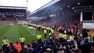 Sheffield United 3rd goal vs port vale and fans kicking off!!
