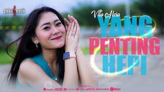 Download Vita Alvia - Yang Penting Hepi (Official Music Video)