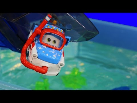 Thumbnail: Disney Pixar Cars Toons Mater Swims with Fish & Sharks Hexbug Auquabot 2.0 Lightning McQueen
