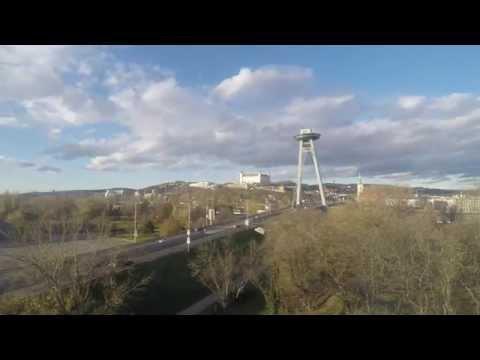 4K timelapse Bratislava Castle