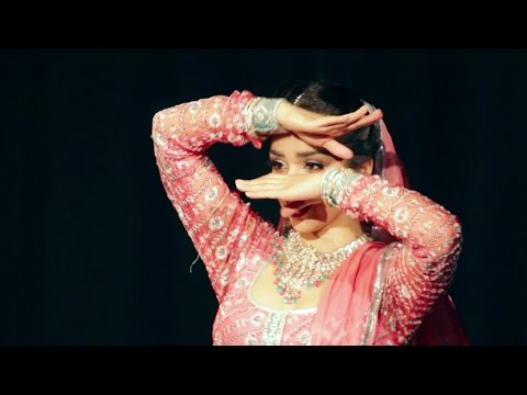 In Aankhon Ki Masti Ke | Umrao Jaan 1981 | Svetlana Tulasi's Classic Bollywood Mujra