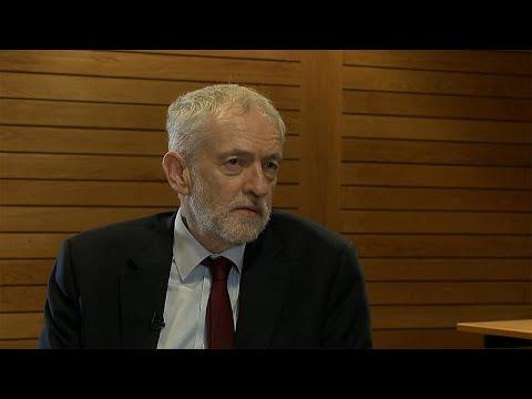 """Jeremy Corbyn: """"Quero assegurar que teremos uma união aduaneira com a União Europeia"""""""