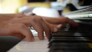 """Chi Mai - Musique du film """" Le Professionnel"""" - Piano"""