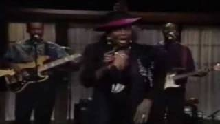 NO PAIN NO GAIN - BETTY WRIGHT Live Performance