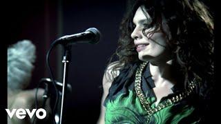 Repeat youtube video Nil Karaibrahimgil - Seviyorum Sevmiyorum