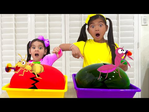 Emma and Ellie Ice Balloon Melting Animals and Toys   Easy DIY Science Experiments for Children