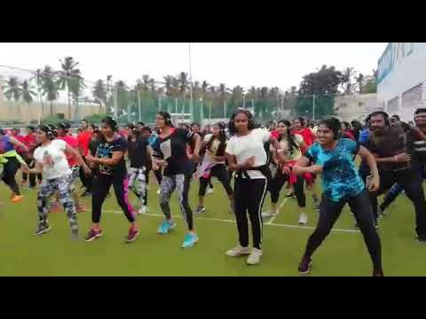 Silent Zumba Fitness session in Bangalore! - Silent Party Headphones