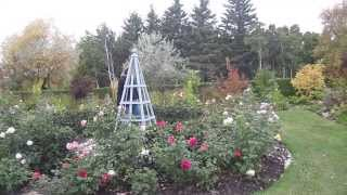 Anchoring An Obelisk | The Classic Garden
