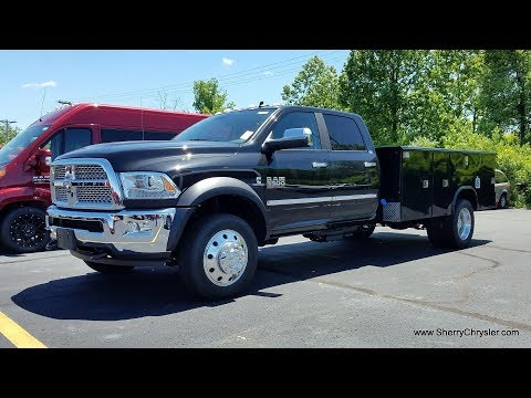 2018 Ram 5500 Laramie CUMMINS 6-Speed Manual - Commercial Reading Service Body For Sale | 28296T