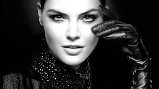 Minks - Margot
