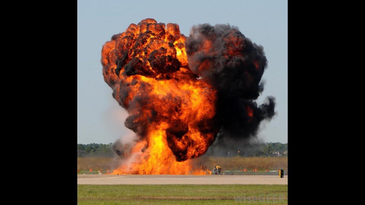 Blast of T.N.T. Explosion de dinamyte - YouTube