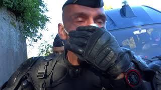 Gendarmes contre tracteur