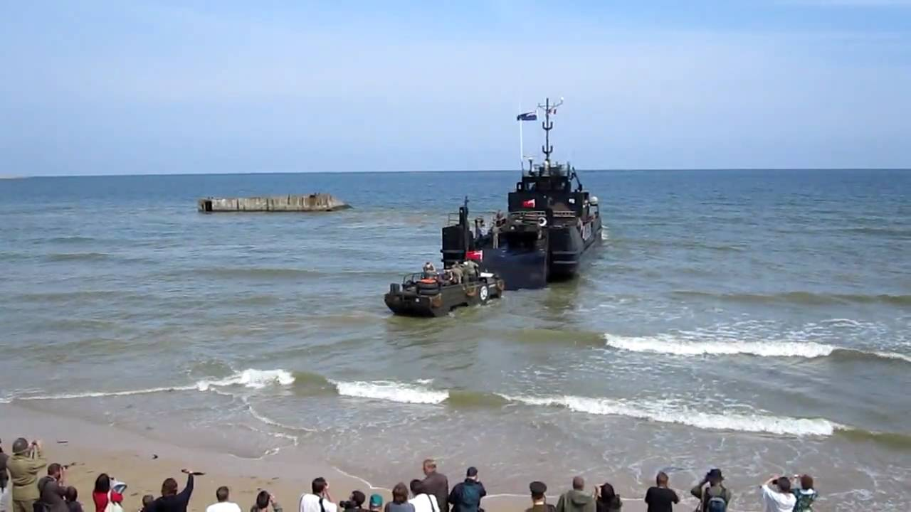 DUKW Boarding A Royal Logistic Corps Landing Craft