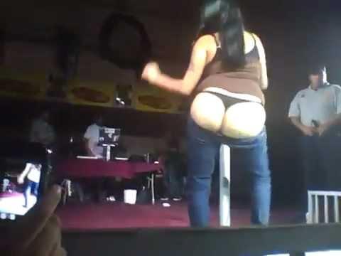 Vídeos porno de Striptease XXX