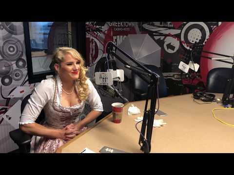 The Bushman Show - Lacey Evans Puts Bushman In Check