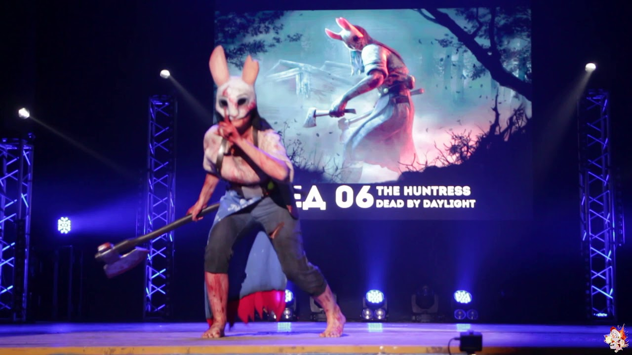 The Huntress Dead By Daylight Cosplay Europa дефиле Aki No Yume 2019 Youtube
