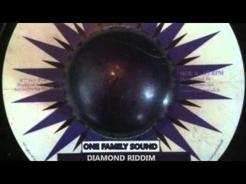 ✦ One Family Sound - Diamond radium (reggae)