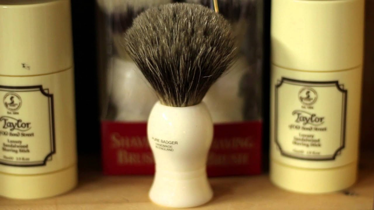 Stormy S Man Cave Barber Nelson : Stormy's man cave barbershop youtube