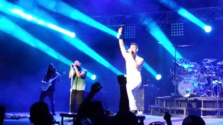 "311 performing ""Beyond The Grey Sky"" live at PNC, Holmdel NJ on 07-09-13"