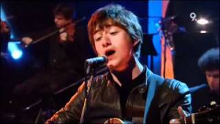 The Last Shadow Puppets - My Mistakes Were Made For You (Live Jools Holland 2009)