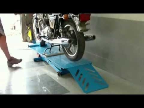 Electric motorcycle scissor lift MkI