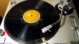 Bob Marley & The Wailers - No Woman, No Cry (Live Version)