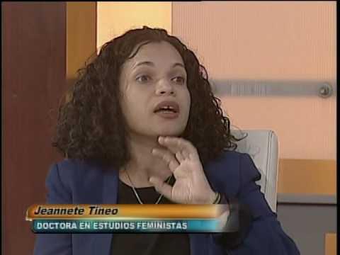 Janet Tineo, Doctora en  Estudios Feminista ,Marianela Carvajal, abogada, Maribel Núñez, Periodista