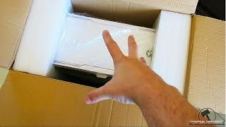 UNBOXING my new GAMING PC!!