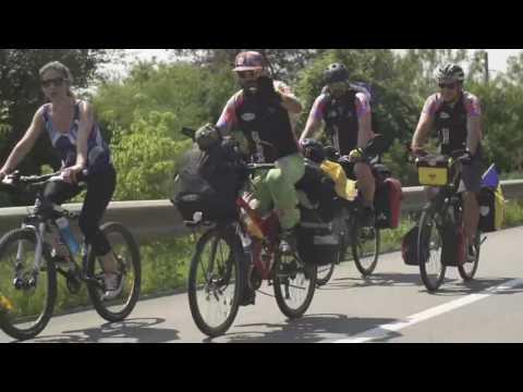 Eco-ambasadorii din Europa pe bicicleta la Electric Castle 2016 Bontida (Cluj)