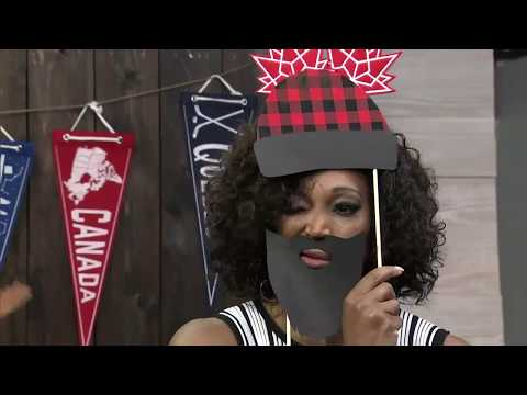 DIY Canadian-style Photo Booth For Your Canada Day Party