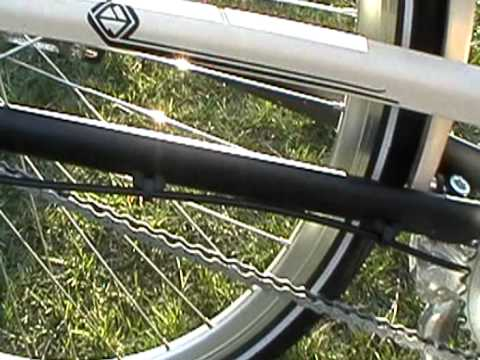 MOV001.MOD2010 Gary Fisher Simple City 3 Speed  23.5