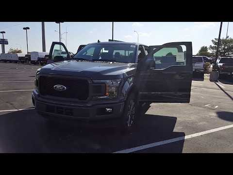 """2018 Ford F150 XLT w/sport appearance package 3.5L EcoBoost 10 speed automatic moonroof 20"""" wheels"""