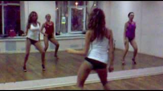 Go-Go Dance(Танцевальная студия Katya Flash www.fl-dance.ru/ «Хочешь танцевать так же ,приходи к нам в студию и танцуй вместе с..., 2010-08-06T08:53:57.000Z)
