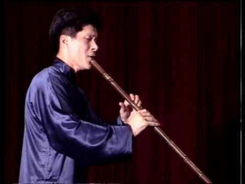 Xiao Buddha In Hall 佛上殿