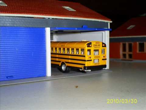 Ho scale bus garage youtube for Garage ad buc