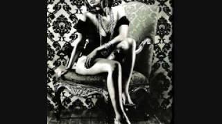 Play Shake It Like A Dawg (feat. R. Kelly)