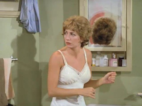 """Laverne & Shirley """"Steppin' Out"""""""