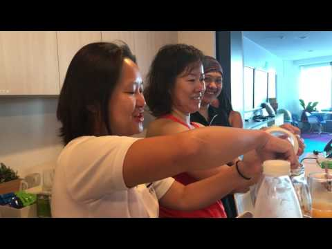 AIE Singapore Vlog 3 - Check out our creative yoga session at the AIE Singapore.