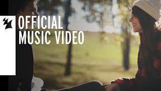 Смотреть клип Mokita - More Than Friends