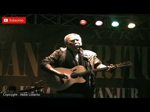 Iwan Fals - Siang Sebrang Istana (Live Konser Extraligi Tasikmalaya)