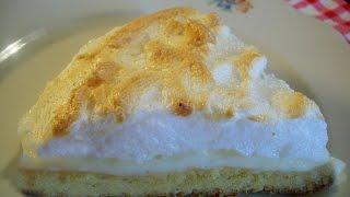 Пирог с творогом и безе