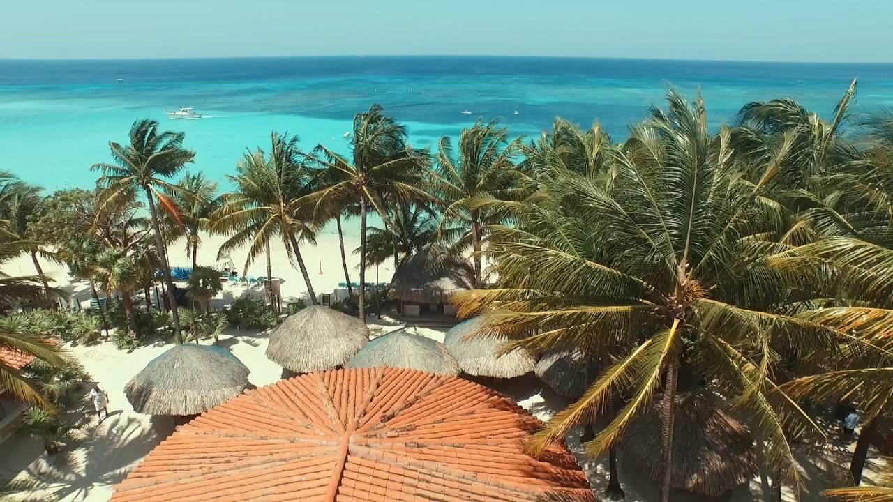 West Bay Beach and Snorkeling in Roatan Honduras - Travel