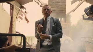 SKYFALL - TRAIN CHASE