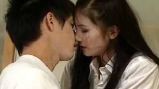 Repeat youtube video The Acting Queen Love-Scene
