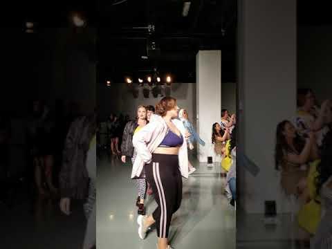 MACYs Plus Size Fashion Show at TheCurvycon 2019..  http://bit.ly/2MFPP4N