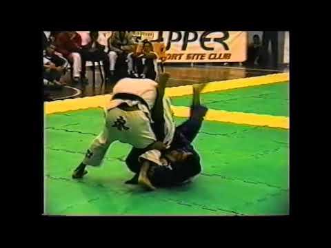 Classic BJJ Match (2001): Ricardo Vieira vs Robson Moura, Lightweight Rivalry