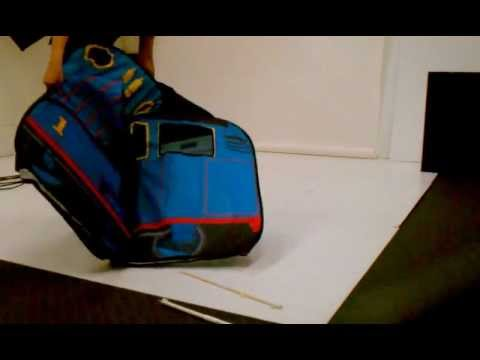How to fold Playhut Thomas Vehicle and other structures with 2+ compartments flat & How to fold Playhut Thomas Vehicle and other structures with 2+ ...
