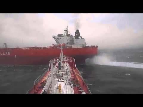 Ship accident    COLLISION   DUE TO INACTION   Oil TAnker II Ship Accident II Safety of life at sea